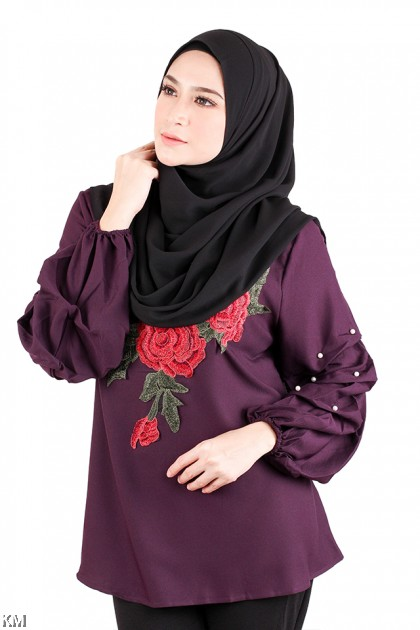 Muslimah Floral Embroidered Blouse [M20568]