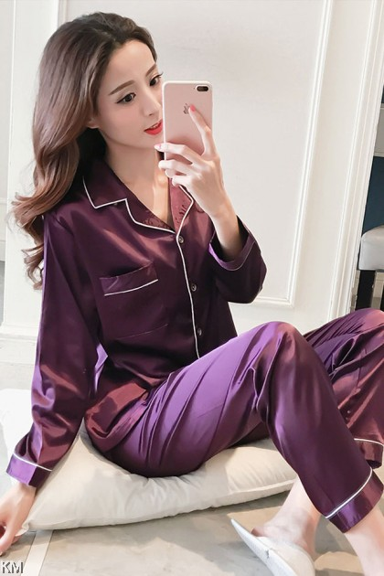 Long Sleeve Santin Silk Button Set Pyjamas [PJ22631]